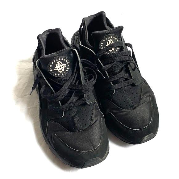Nike Shoes | Nike Air Huarache Black